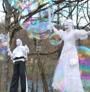 Compagnie les vaguabondes, artistes de rue pour le spectacle vivant