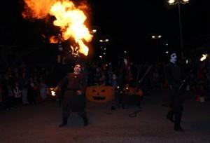 les Burners, la tribu des jongleur et cracheur de feu
