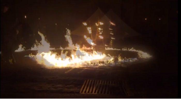 spectacle de feu pyrotechnique
